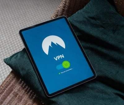 Berikut Adalah Cara Mendapatkan VPN Premium secara Gratis di Android https://unsplash.com/photos/VH_L_H4w7U8 Photo by Petter Lagson