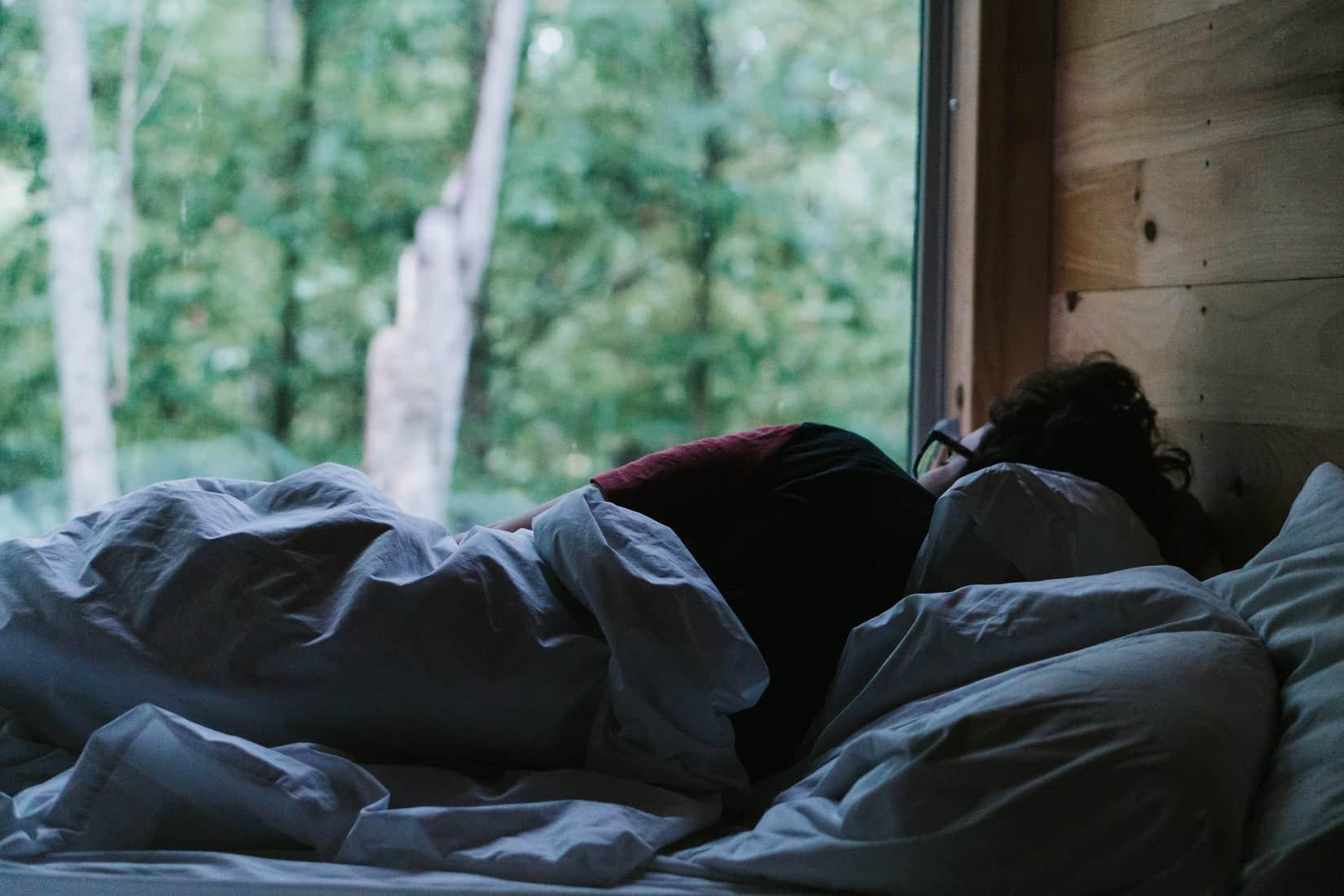 Batalkah Ketika Mimpi Basah di Pagi Hari saat Puasa Ramadhan https://unsplash.com/photos/PdPfWNW_GTM Photo by Tatiana Rodriguez